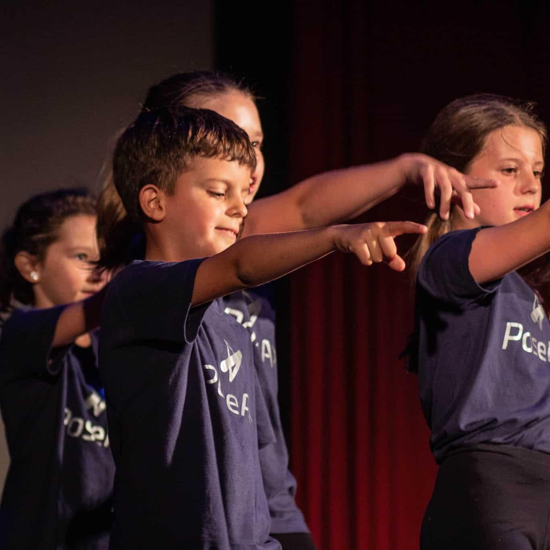 stageart-studio-tanca-dla-dzieci-i-mlodziezy-taniec-pose-art-grupa-imielin