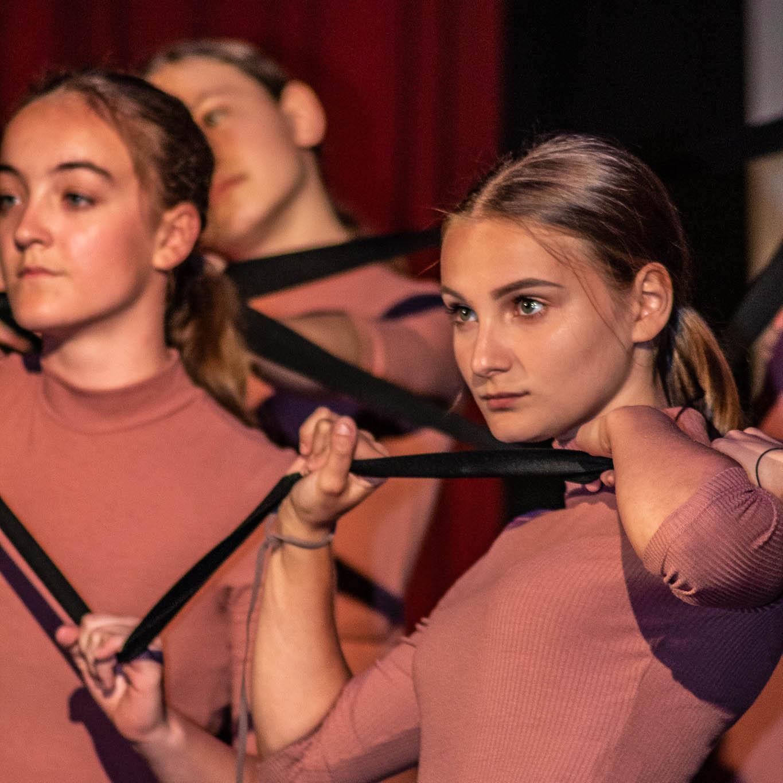 stageart-studio-tanca-dla-dzieci-i-mlodziezy-taniec-contemporary-show